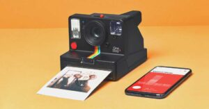 Polaroid OneStep Plus Review: Classic Design with Modern Features